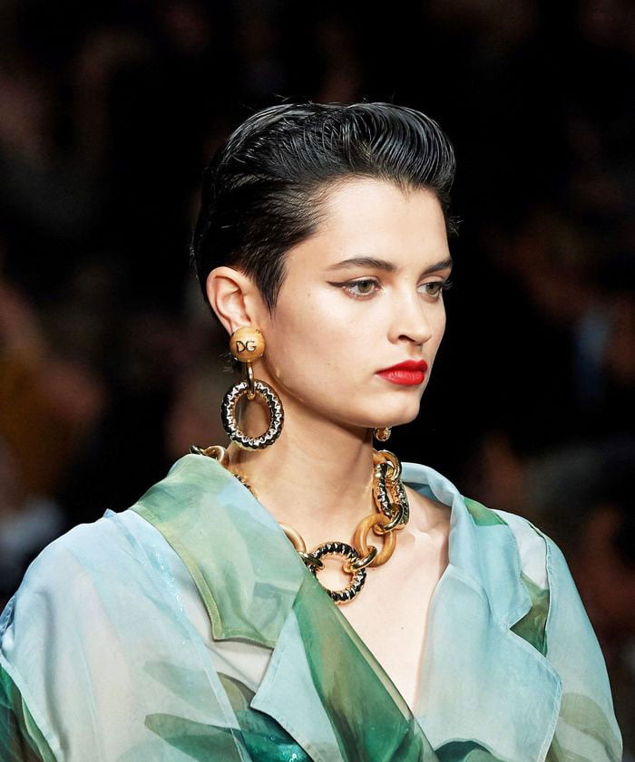 super new haircut trends 2020 (12)