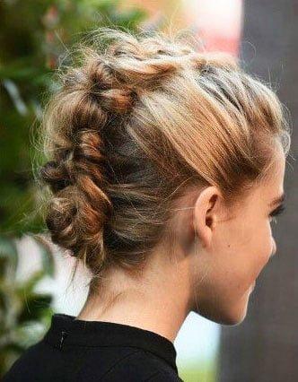 Easy Hairstyles for Medium Length Hair (127)