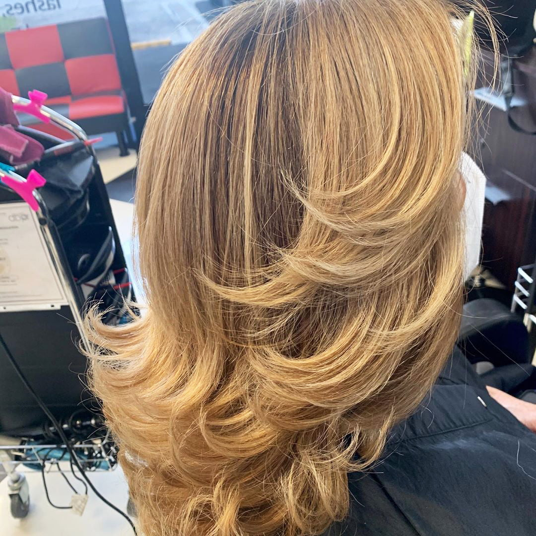 55 Best White Blond Wavy Hair Color Ideas (60)