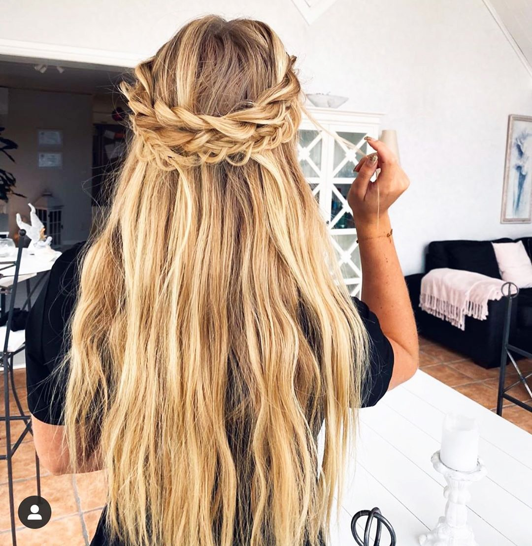 70 Top Hairstyles for Long Thin Hair in 2020 For Women (171)