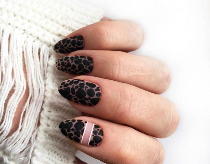 Fashion prints on nails 2020 13 2