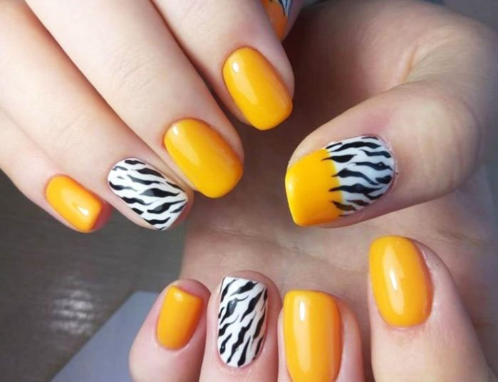 Fashion prints on nails 2020 8 5