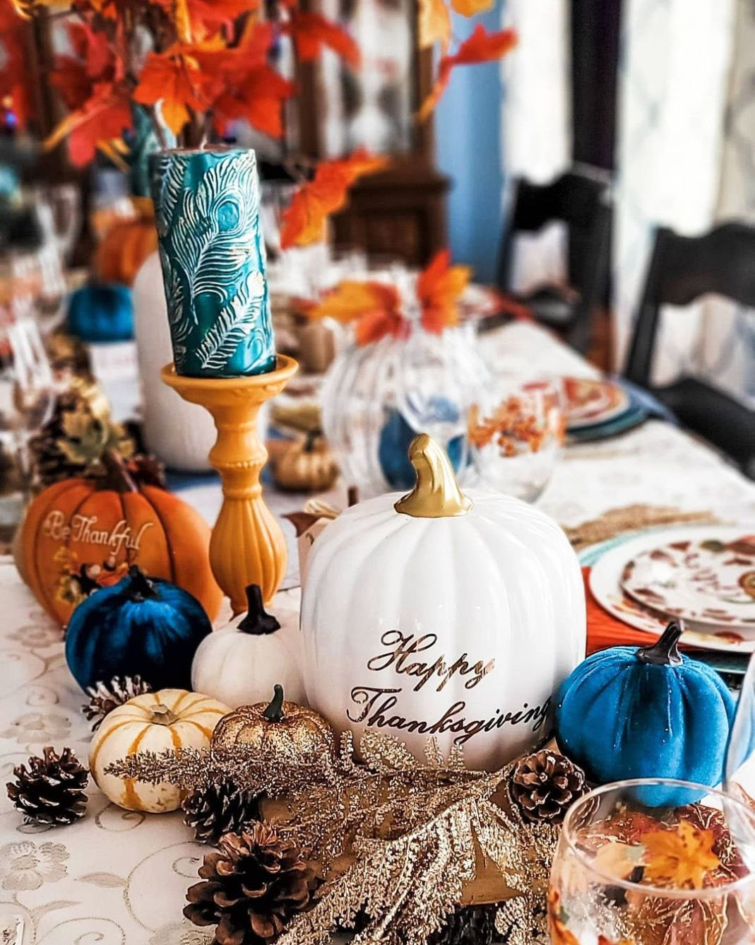 Inexpensive Thanksgiving Table Decoration Ideas (12)