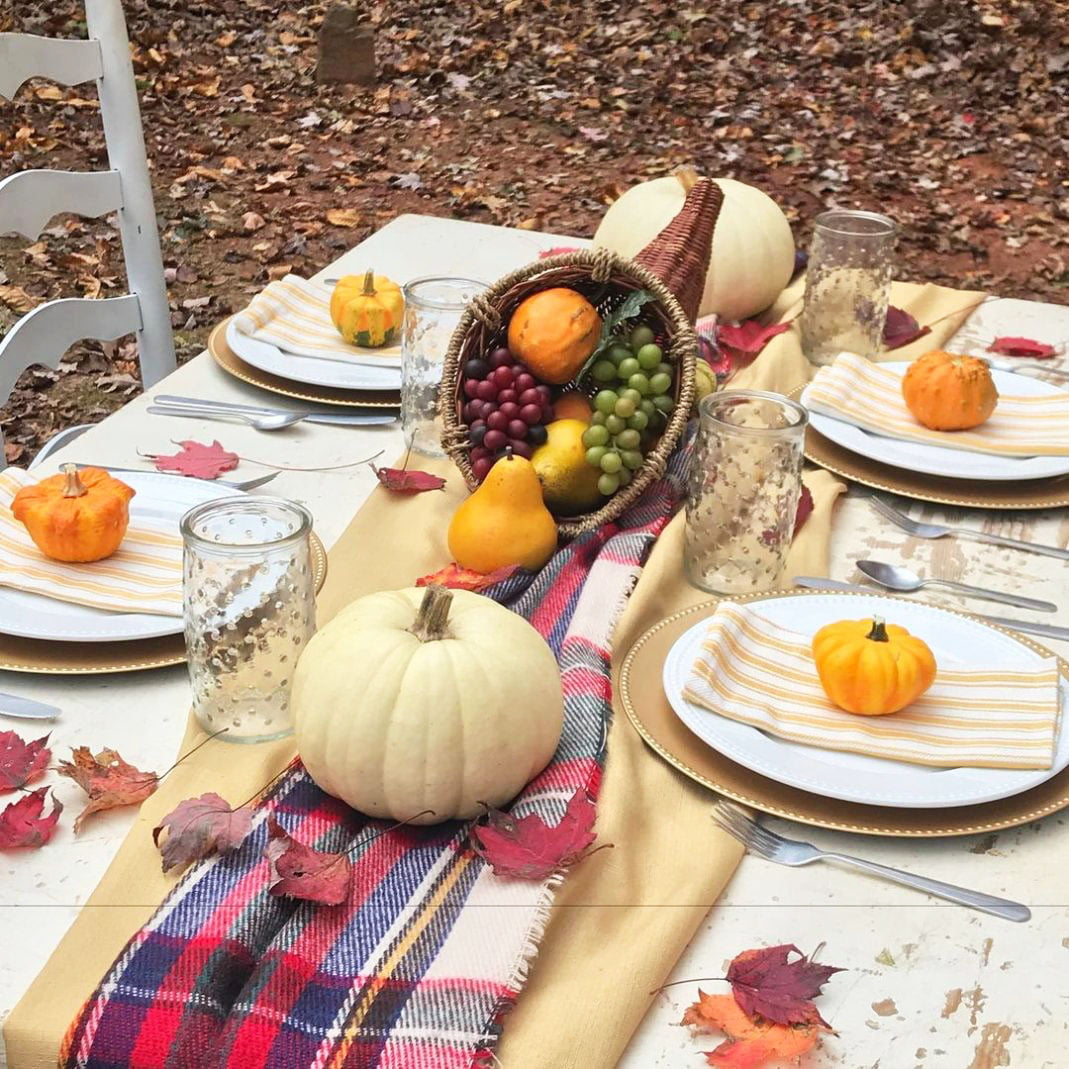 Inexpensive Thanksgiving Table Decoration Ideas (6)