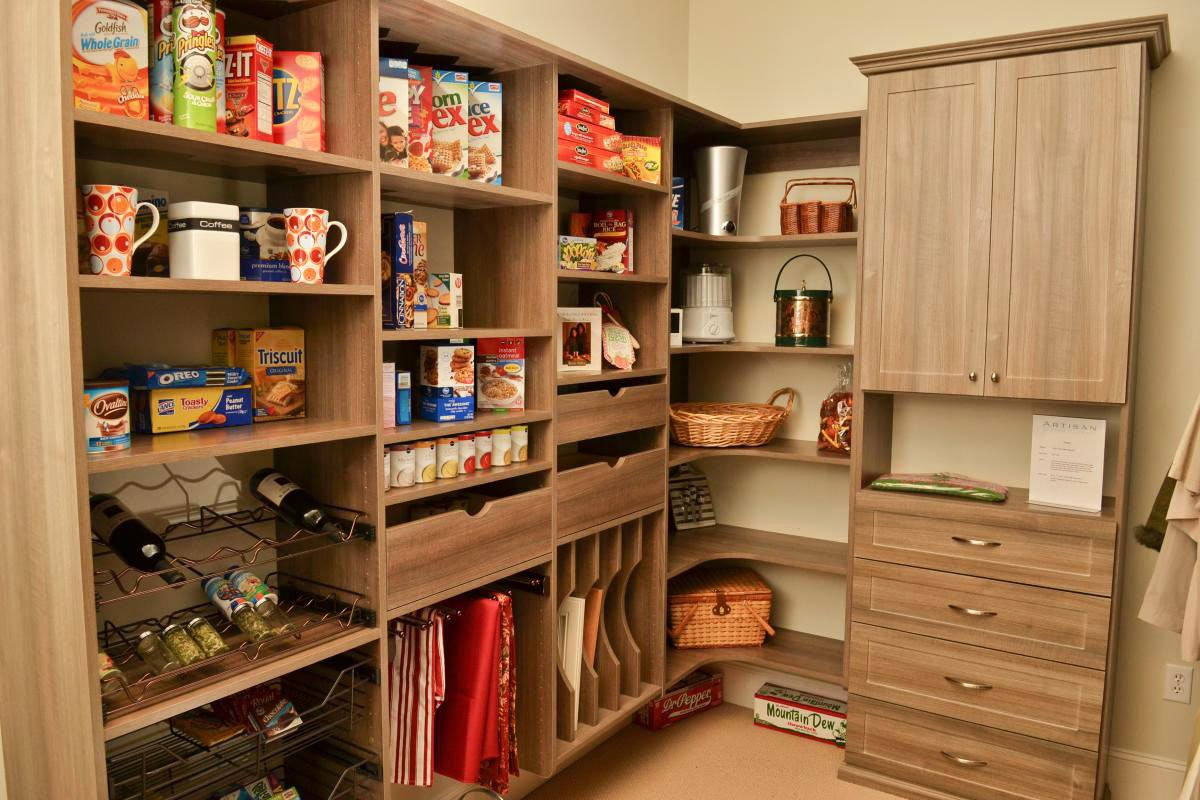Kitchen-Pantry-Design-Ideas-in-Apartment-14