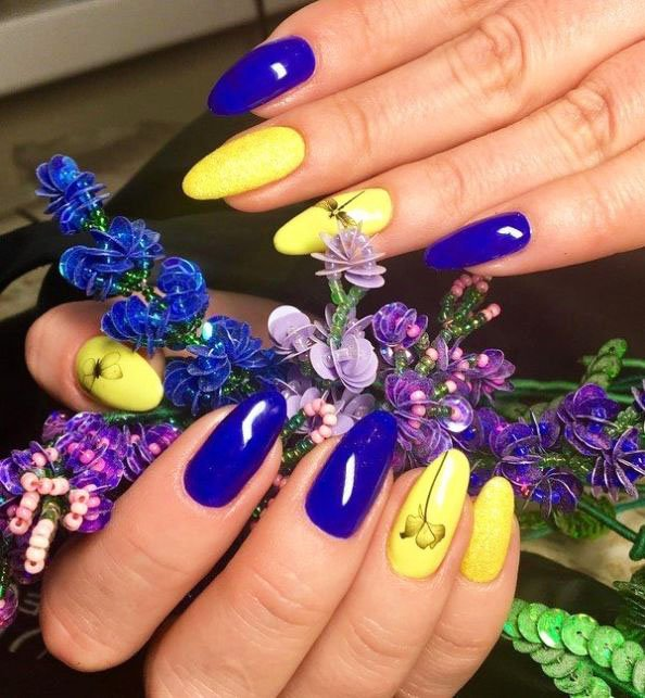 Renewed spring manicure. What the masters of nail art have prepared for us 18 11