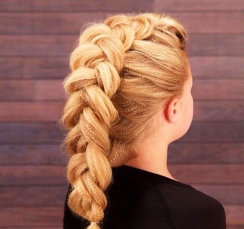 The most beautiful hairstyles for girls at the prom 36 39