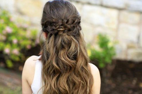 The most beautiful hairstyles for girls at the prom 47 36