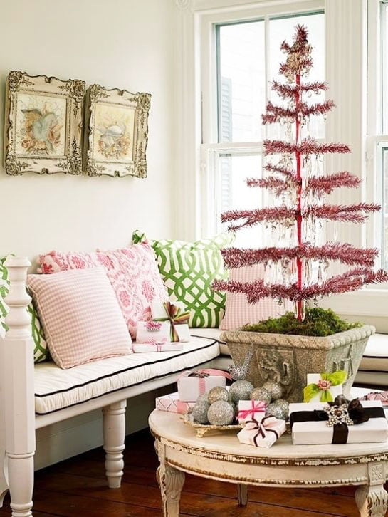 Super Fashioned Christmas Tree