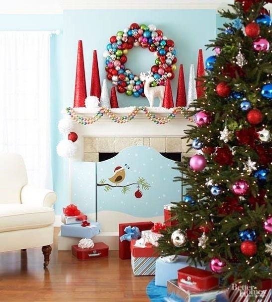 Bright and Sparkling Christmas Tree